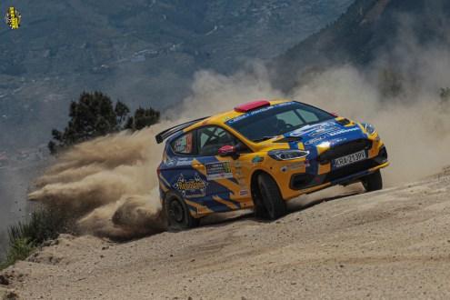 Ford Fiesta Rally3 faz a estreia em pisos de asfalto