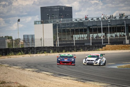 SuperCars Endurance: Dupla Pino/Hall ganha a segunda corrida em Jarama