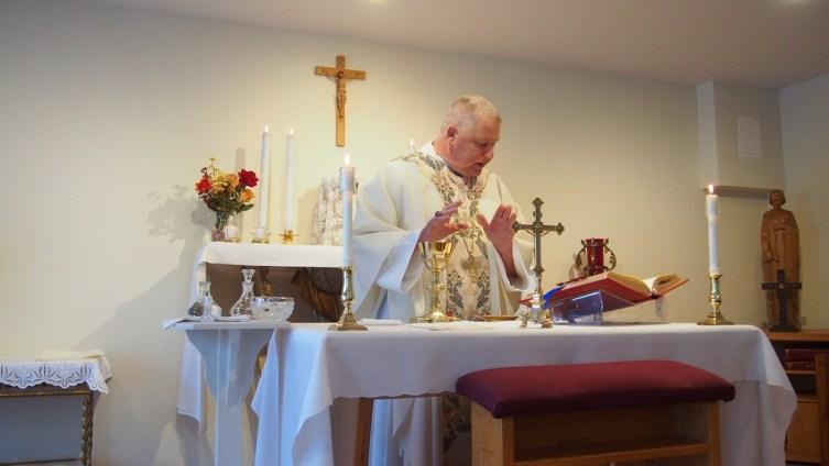 Bishop Stika celebrating Mass at Cor Jesu Monastery