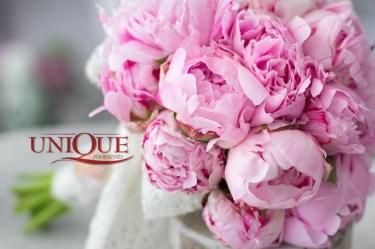 Bujori roz in buchete de mireasa Iasi
