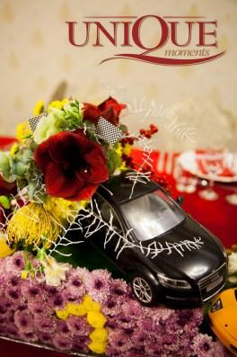 masina-cu-flori