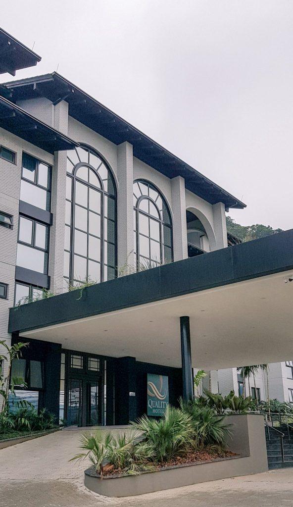 Quality Hotel Blumenau | Fachada