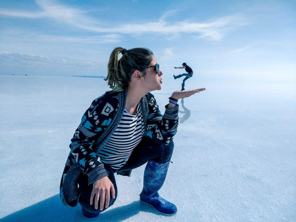 Salar de Uyuni | Léo nas mãos