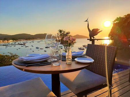 Místico Sunset Loung & Restaurant / Restaurantes em Búzios