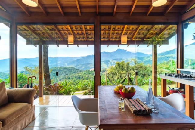 Casas incríveis para alugar no Airbnb / Vista incrível de Paraty