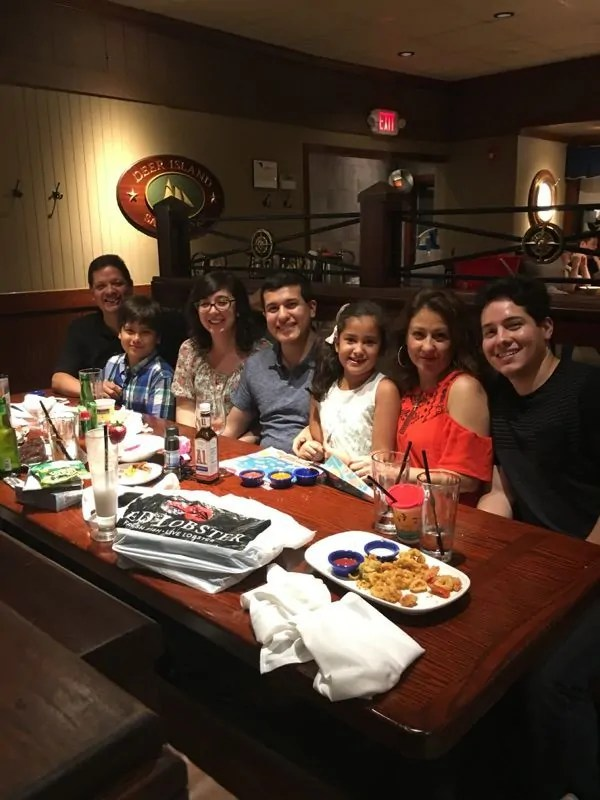 Family reunion at red lobster for dinner.