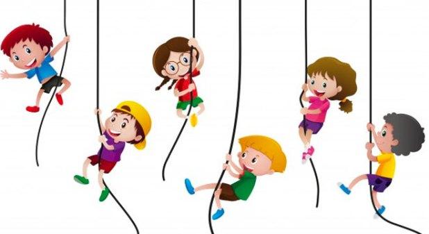 2.9 Cách cho trẻ đi học không khóc cực kỳ hiệu quả là cho bé làm quen với một số bé cùng lớp