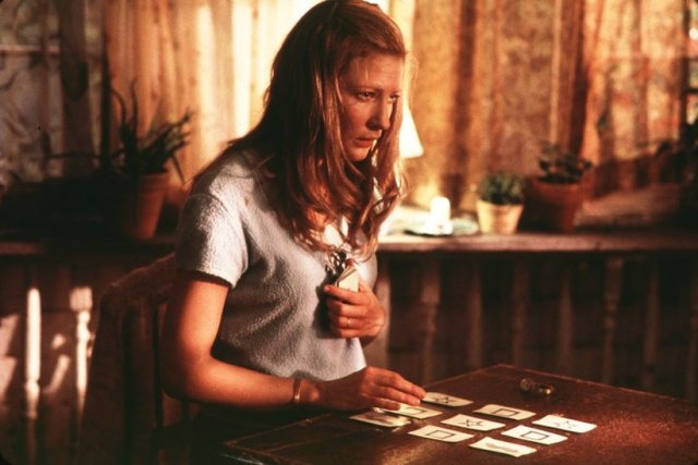 2001_the_gift_001
