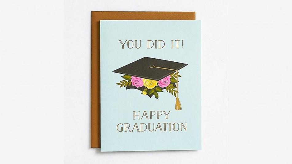 Contoh Greeting Card Graduation