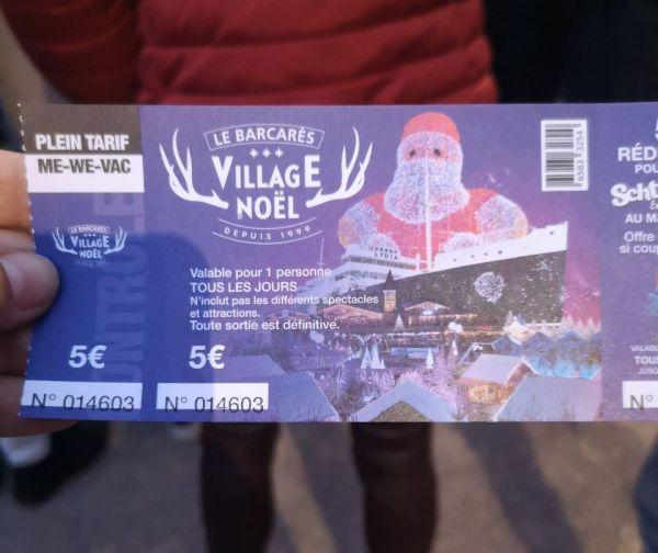 Entrada a la Village de Noël