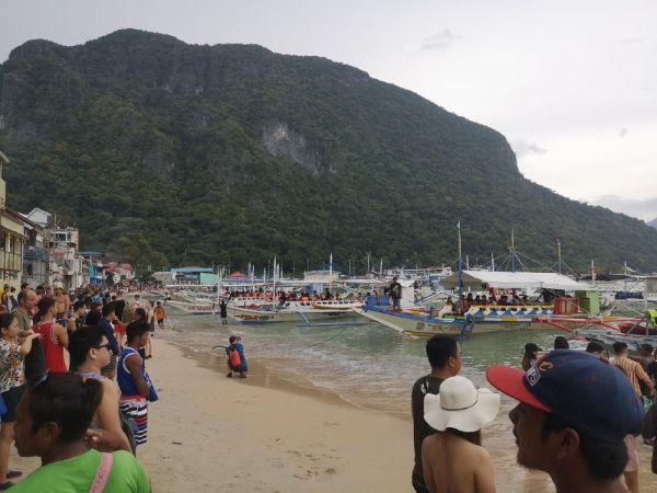 Playa Nido Town