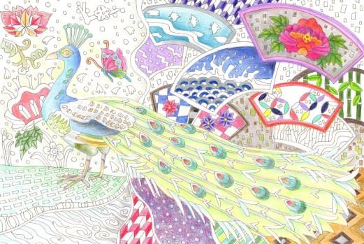 和紋様を背景にしたクジャクの塗り絵