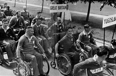 Teams from Yugoslavia and Great Britain at the 1956 opening ceremony. (National Spinal Injuries Centre Archive)