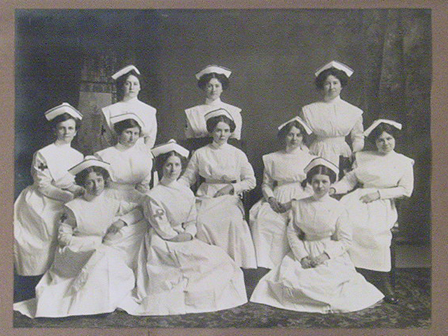 Kingston General Hospital School of Nursing Graduating Class of 1913. (Museum of Health Care #995082081)