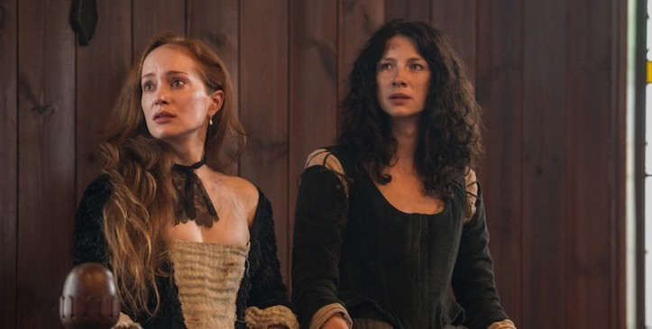 Outlander still frame of Clair with Geillis Duncan on trial.