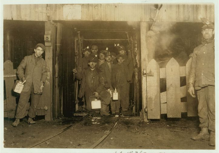 Waiting to return to the surface at the end of a day in Shaft #6 of the Pennsylvania Coal Company's South Pittston mine, 1911. (Lewis Wickes Hine/US Library of Congress)