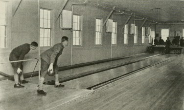 The bowling alley at Evergreen Hospital. (Evergreen Review, 1:4 (April 1920), 38/Internet Archive)