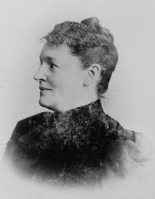 """Photographic print of """"German home economics authority"""" Hedwig Heyl, from between 1880 and 1900. (Frau E. Vogelsang/US Library of Congress)"""