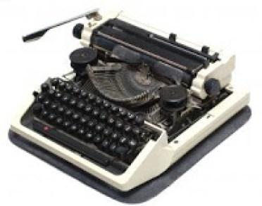 Mesin ketik jadul untuk menulis surat pembaca (illustrasi)