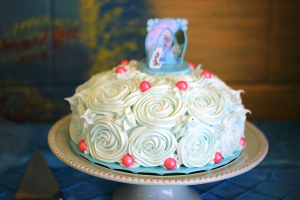 frozen rosette cake