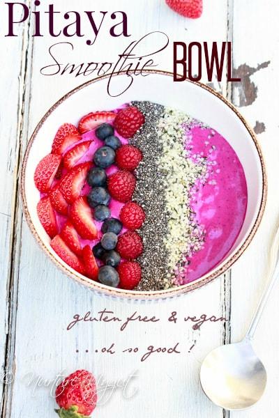pitaya plus smoothie bowl