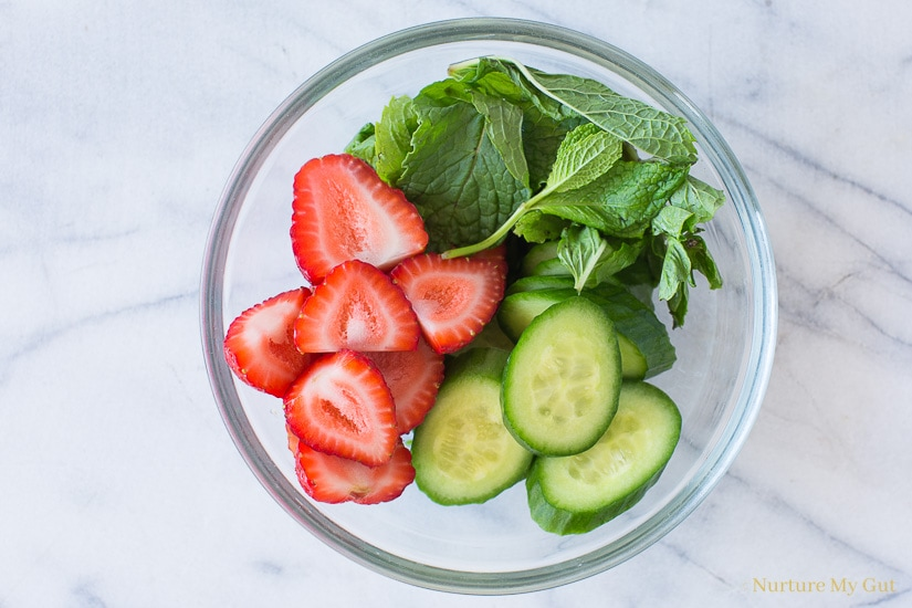 5 Minute Strawberry Cucumber Mint Infused Water