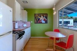 Room 6 Kitchen-1600