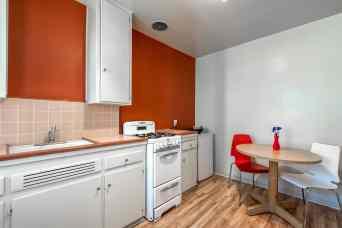 godroom 2 kitchen