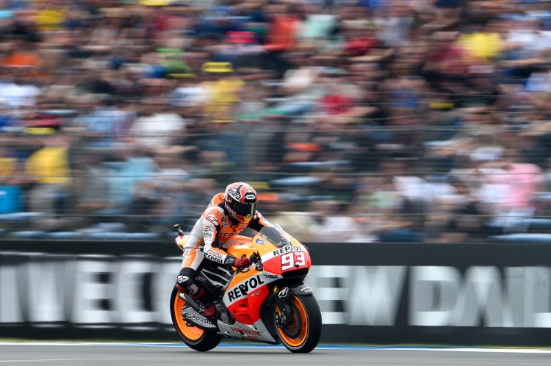 Aksi Marc Marquez di Assen MotoGP 2014