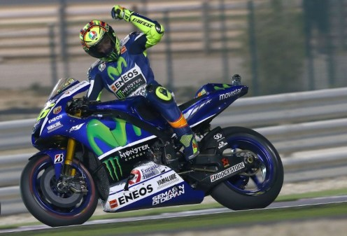 Rossi menang di Losail Qatar MotoGP 2015