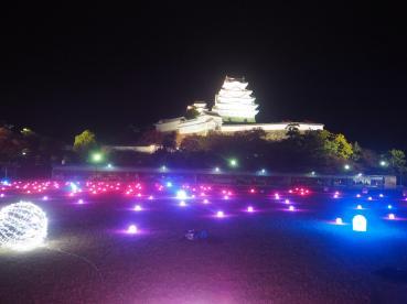 himeji in autumn