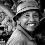 10 Manfaat Senyum Bagi Kesehatan