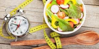 Waktu makan Salad di Inggris/Ilustrasi nusantaranews healt / Foto: iStockphoto