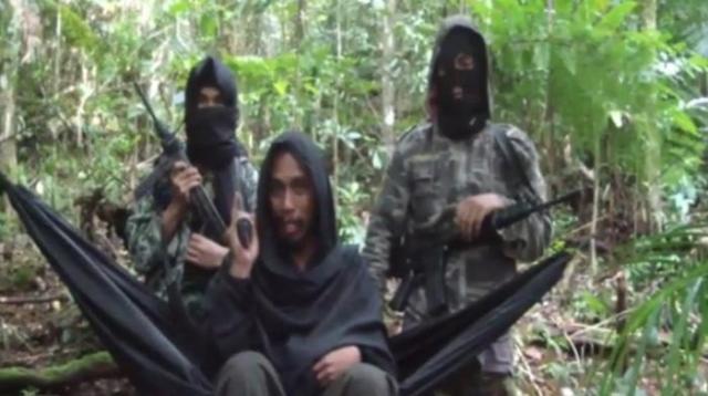 Santoso alias Abu Wardah (tengah), pemimpin kelompok Mujahidin Indonesia Timur/Foto: Screenshot Youtube/IST