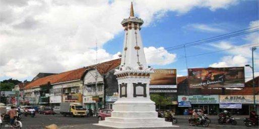 Tugu  golong gilig Yogyakarta. Foto/istimewa