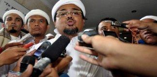 Habib Rizieq selaku Ketua Pembina Gerakan Nasional Pengawal Fatwa MUI (GNPF-MUI). Foto via warta politik