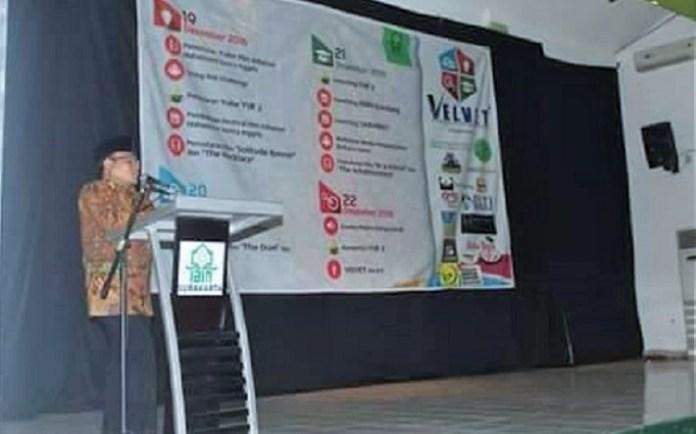 Wakil Rektor I IAIN Surakarta Bp.Dr. H. Abdul Matin Bin Salman, Lc, M.Ag saat membuka acara/Foto RBTI