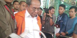 DPR RI periode 2009-2014, Charles Jones Mesang Digiring KPK. Foto Fadilah/Nusantaranews