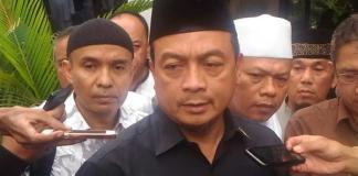 Ketua Gerakan Nasional Pembela Fatwa-Majelis Ulama Indonesia (GNPF-MUI), Bachtiar Nasir. Foto via konfrontasi