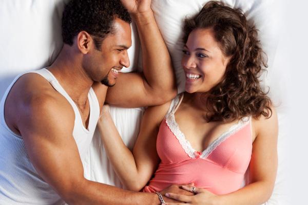 Puji Pasangan Anda Setelah Bercinta/Foto Ilustrasi/IST