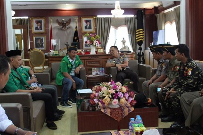 Kapolda Lampung Bersama pengurus Ansor/Foto Dok. Pribadi/Nusantaranews