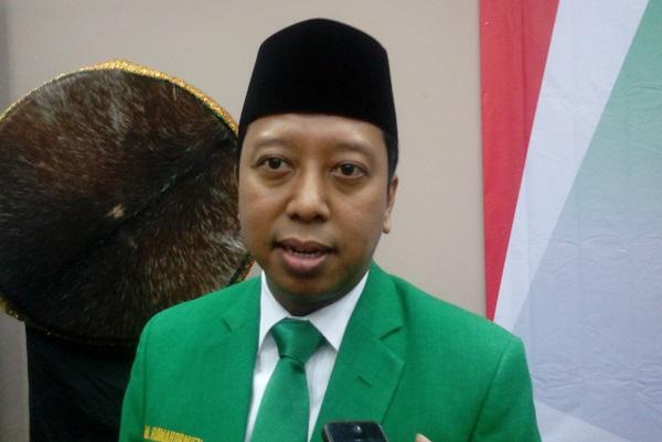 Romahurmuziy: Soal Asumsi Keberangkatan Jama'ah Haji Gratis