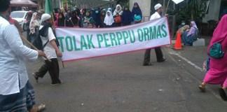 Aliansi Ormas dan Umat Islam Demo Tolak Perppu Ormas di seputaran Patung Kuda, Monas, Jakarta (18/7/2017). Foto: Istimewa