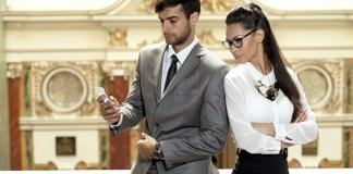 Tingkatkan Kepercayaan Pada Pasangan Tanpa Berbagi Kata Sandi (Ilustrasi). Foto: Dok. shutterstock