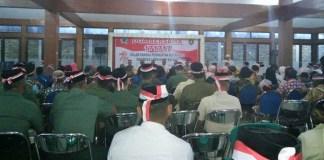 """Kodim 0805 Ngawi mengisi hari peringatan Kemerdekaan RI yang ke 72 ini dengan doa bersama """"171717"""" dengan tema ''Indonesia Lebih Kasih Sayang''. Foto: Dok. Kodim Ngawi"""