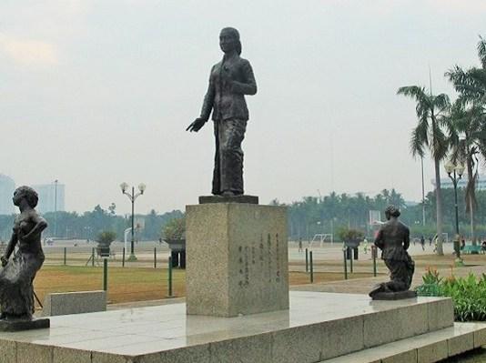 Patung RA Kartini di Kawasan Monumen Nasional (Monas) Jakarta. Foto: Detik.com