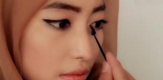 Tutorial Make up buat wanita. Foto: Mugeek Vidalondon