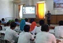 Edhie Baskoro Yudhoyono (Ibas) membuka acara Pelatihan Berbasis Kompetensi bidang Homestay di Hotel Permata Kabupaten Pacitan, Senin (18/9/2017). Foto Muh Nurcholis/ NusantaraNews.co