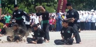 Sejuta Aksi Meriahkan Mlaku Bareng Hari Santri Nasional dan HUT TNI. Foto Penrem 082/CPYJ/Candra Yuniarti