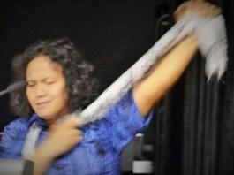 Chavchay Syaifullah Penanggung Jawab Pertemuan Penyair Nusantara (PPN) X, waktu baca puisi di Singapura. Foto Istimewa
